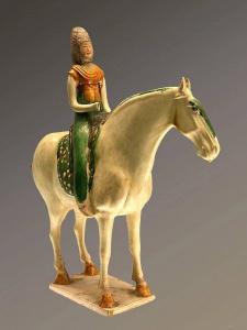 Tang lady figurine